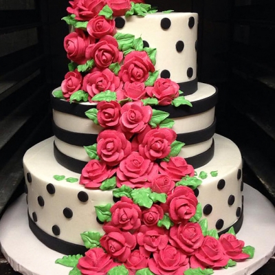 Black, White & Hot Pink Cake
