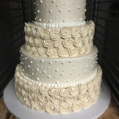Rosettes and Dots Wedding Cake