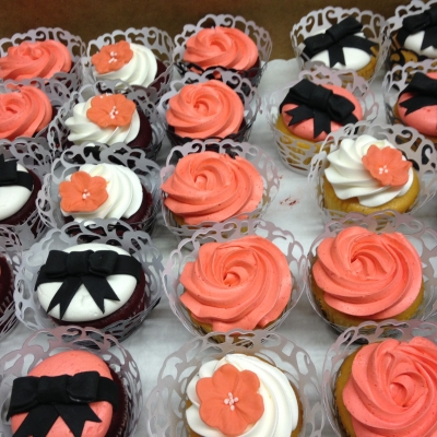 Black, White and Coral Cupcakes