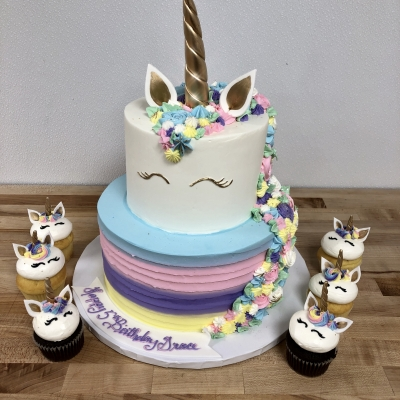 Unicorn 2 Tier and Cupcakes